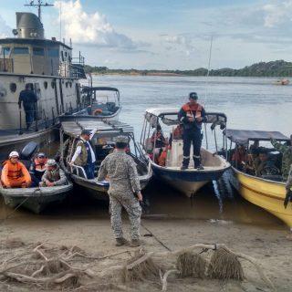La Armada Nacional continúa en la búsqueda de siete desaparecidos.