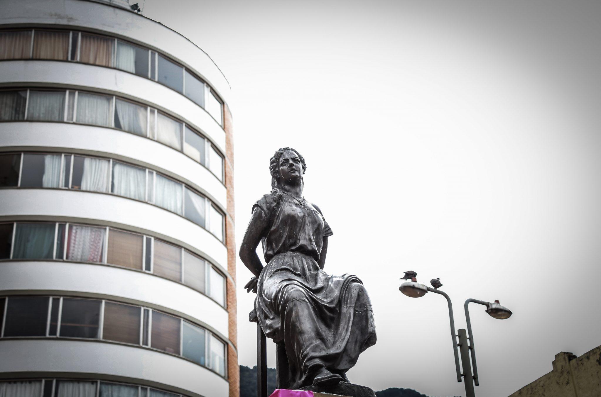 Universidad de los Andes adopta monumento a La Pola 200 años después ...