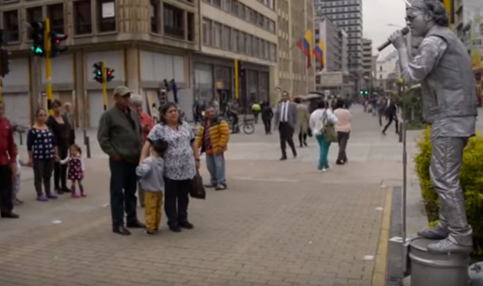 La carrera Séptima es uno de los lugares mágicos y emblemáticos de la capital colombiana.