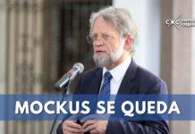 Mockus se queda