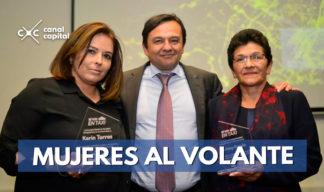 Homenaje a las mujeres taxistas de Bogotá
