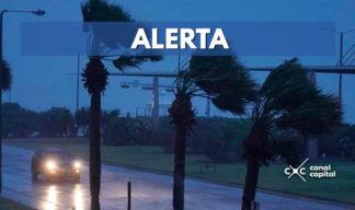 Huracán Florence pierde fuerza en su camino hacia Estados Unidos