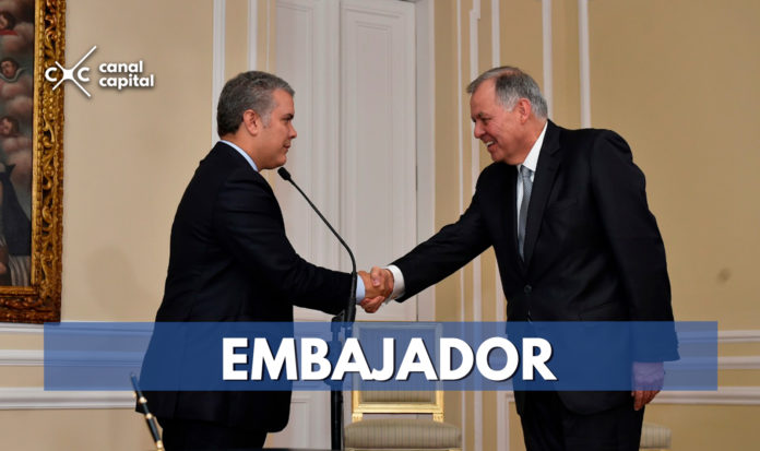 Alejandro Ordóñez se posesiona como embajador de Colombia en la OEA