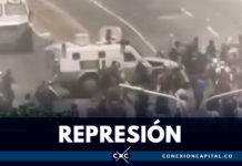 Tanqueta militar arrolla a varios manifestantes en Caracas