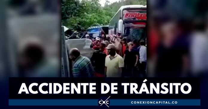EN VIDEO: bus que transportaba hinchas de Junior se accidentó en carretera