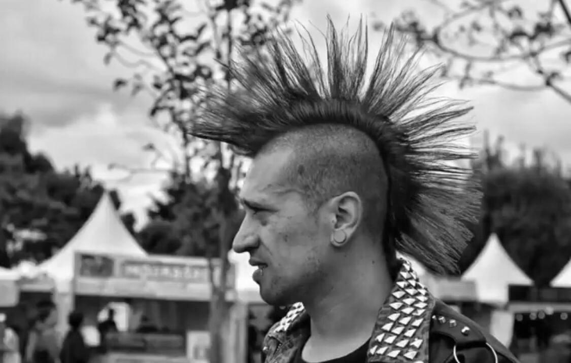 La Cresta Punkera La Histórica Lucha Detrás De Este Peinado