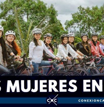 mujeres en bici