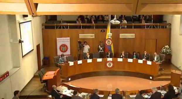 Fiscalía acata el traslado del proceso contra el exsenador Álvaro Uribe