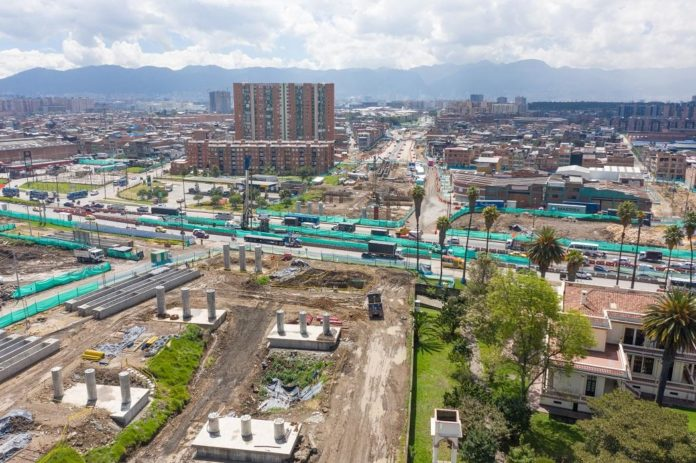 Obra Avenida Guayacanes.