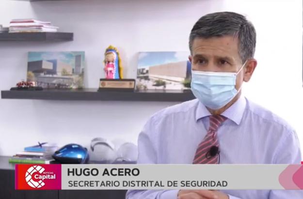 Secretario de seguridad Hugo Acero